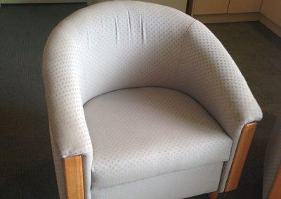 interior-design-mornington-peninsula-chair-before