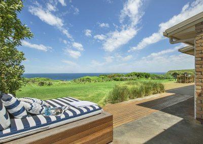interior-design-mornington-peninsula-day bed