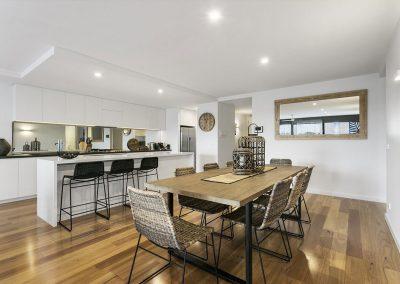 interior-design-mornington-peninsula-dining-and-mirror