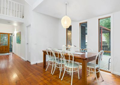 interior-design-mornington-peninsula-dining room -pendant